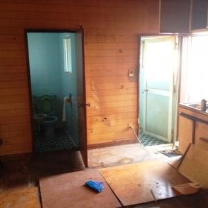 選べる住み方、二戸一住宅  A室:トイレ・浴室