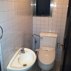 La・La・Laメゾネットハウス♪ 上階トイレ