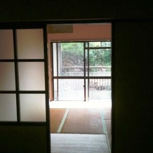 城下町の低層マンション①  和室左