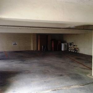マンション・オン・ザ・ヒル 地下駐車場